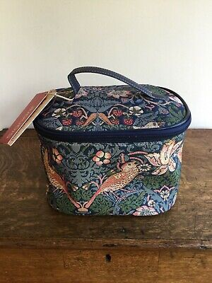 Signare 'art of tapestry' toiletry/make up bag excellent
