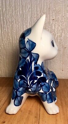 Pottery Cat Blue And White Nice Display Piece