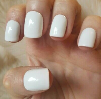 Hand Painted White False Nails. 20 Short Square Press-on Nails. Glossy.