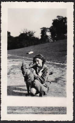 GIRL SCOUT/BROWNIE WITH BIG DOG OLD/VINTAGE PHOTO SNAPSHOT-q702