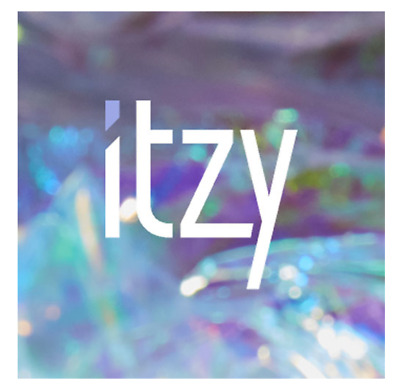 "K-POP ITZY 1st New Album "" IT'z ICY "" Official ICY Ver - 1 Photobook + 1 CD"