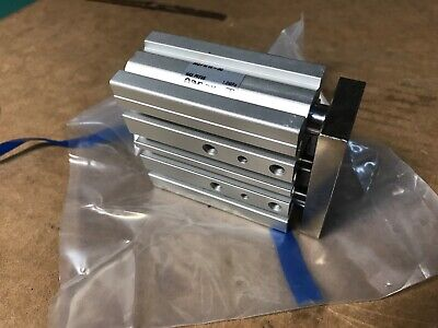 NEW SMC MGPM16-30 PNEUMATIC LINEAR GUIDED SLIDE CYLINDER  Fast Shipping