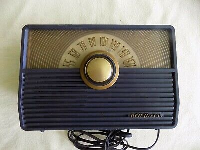 Vintage 1950s RCA Victor Table Tube Radio Model 1x55 Great Condition Works Well