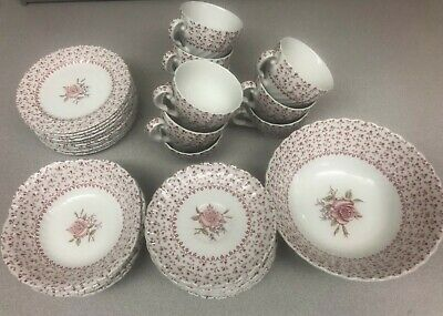 Johnson Brothers Rose Bouquet 40 Pieces partial collectible England Vintage