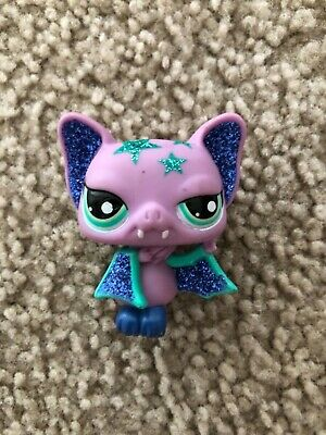 Littlest Pet Shop~#2142~Vampire Bat~Fangs~Blue Green Glitter~Green Dot Eyes