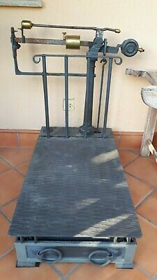 Bascula Antigua Restaurada - Antique Weighing scales restored and functional