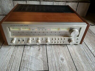 Excellent Vintage Realistic STA-2100 AM/FM Stereo Receiver