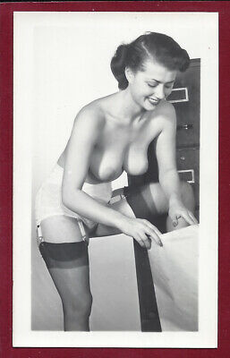 1950 Vintage Nude Photo~Firm Breasts Puffy Nips Perfect Body Pinup Peggy Winters