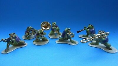 Hagen Renaker Speciality  Miniature Figurine Frog 'Toadally Brass' Band