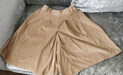 Ladies Gorgeous Summer Shorts/skirt  by VINTAGE ST MICHAEL - Uk 12
