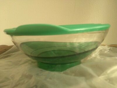 Tupperware Sheerly Elegant Serving Bowl 6 1/2 Cup / 1.5 L  Emerald Green NEW!