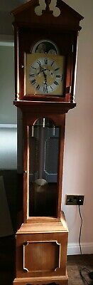 Grandmother Clock good Condition / Hermle triple Chime