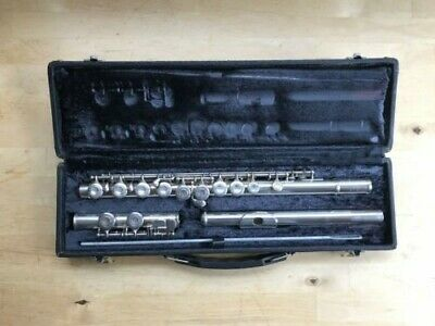 Yamaha YFL - 225S - Silver Plated, Closed Hole C Flute