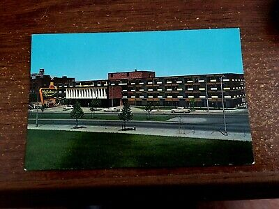 NASHVILLE, TN Tennessee  HOLIDAY INN-Capitol Hill   50's Cars  Roadside Postcard