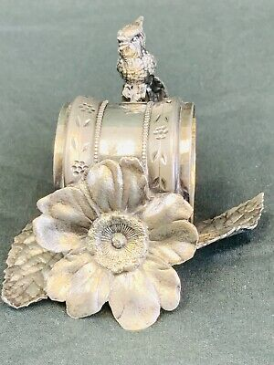 Beautiful extremely detailed Parrot  napkin ring....antique