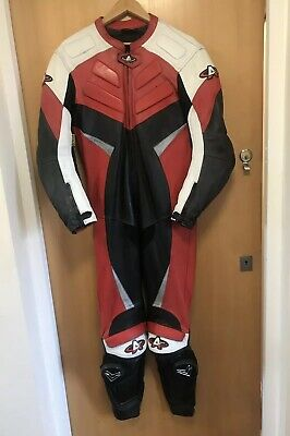 Akito Motorcycle Leather Racing Suit Size UK 38 EUR 48  Bargain