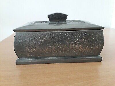Antique Vintage Arts And Crafts Wood Lined Pewter Box