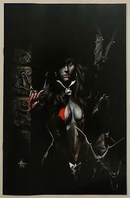 Vampirella #1 Gabriele Dell'Otto Virgin Variant, NM/NM+, 300 Printed, IN HAND