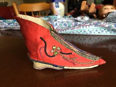 "Antique "" Single "" Bound Foot Silk Shoe - Mid 1800's Hand Sewn - Free Post In Oz"