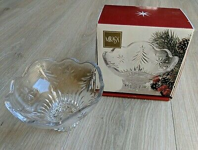 Mikasa Christmas Night Footed Bowl 6 inch Crystal Candy Dish Holiday WY601/810