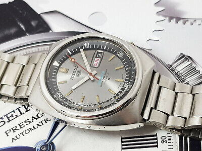 Vintage Seiko 5 Sports Automatic Diver 6119-6023 Silver Dial Gents.
