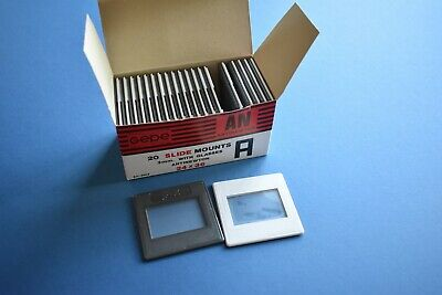 BOX 20 SLIDE MOUNTS 3mm WITH GLASS ANTINEWTON 24X36 MADE IN HOLLAND