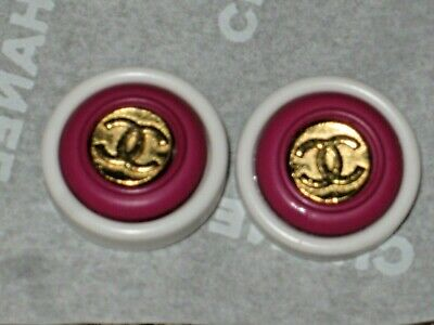 Chanel  2 Gold  Metal Cc Logo Front Dark Pink  White Resin  Buttons 14 Mm Lot 2