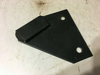 1970731C1 - A New Right Hood Bracket For A CaseIH 585, 885 Tractors