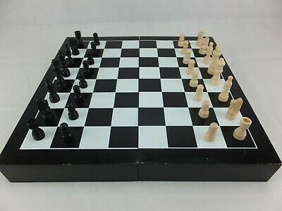 Riddoch Coonawarra Wine Case Box CHESS & DRAUGHTS set