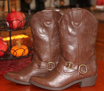 4062f031328 RED FAUX LEATHER Women's Size 6.5 Cowboy Western Buckle Boots So ...