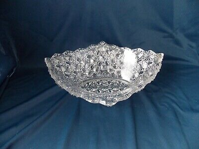 "Antique EAPG Daisy & Buttons Pattern Oval Bowl 8"" x 10"""