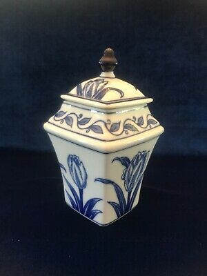 Vintage Blue And White Porcelain Square Chinese Asian Bombay Lidded Jar, Perfect