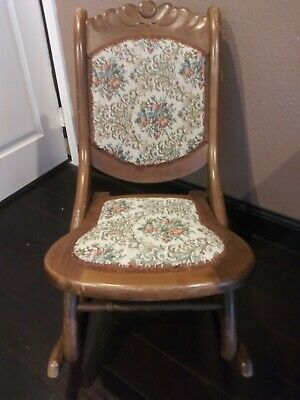 Vintage Victorian folding rocking chair. Antique 1926
