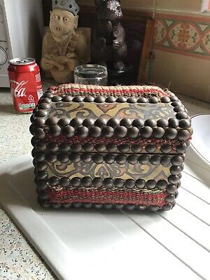 Lovely Arts And Crafts Liberty Style Vintage Wooden Studded Carpet Tapestry Box