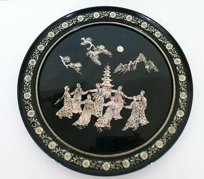 Vtg Asian Oriental Black Lacquer Abalone Shell Round Wall Hanging Frame Girls