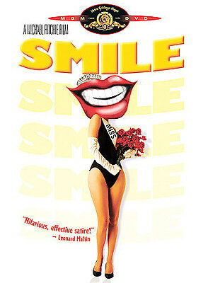 Smile (DVD, Region 1) Very Good condition from personal collection!