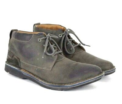 dd705272e3a CLARKS DESERT BOOT Mens Black Suede Casual Dress Lace Up Chukkas ...
