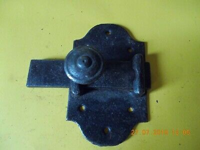 ANTIQUE FRENCH CAST IRON DOOR LATCHES BASE PLATE MEASURES 11 cm x 7 cm