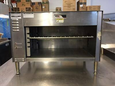 Used Countertop Wyott Cheesemelter Eletric