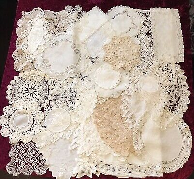 Bulk Lot Of 31 Pretty Cream & White  Vintage Doilies Crochet Lace Place Mats