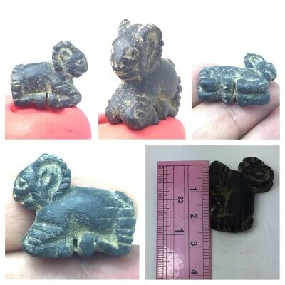 Nicely Roman animal pendant
