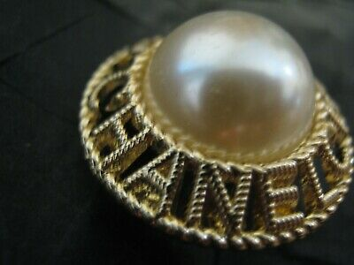 CHANEL 1 BUTTON white pearl gold  metal   22 mm , 1 inch  with  cc logo