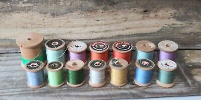 Lot Of 260 Vintage Wooden Spools Of Thread Coats Clark Golden T