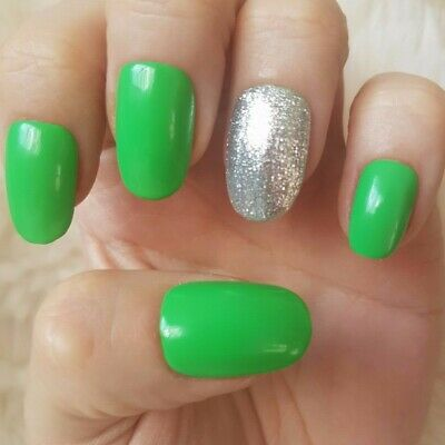 20 Hand Painted False Nails. Green Glitter Accent Nail. Pick Shape & Length.