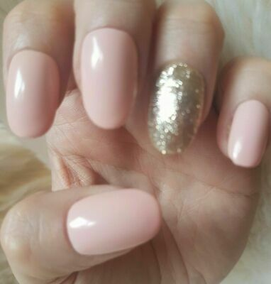 20 Hand Painted False Nails. Light Nude Glitter Accent Nail. Pick Shape.