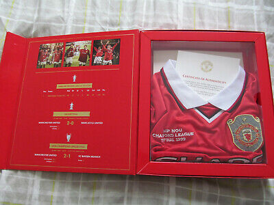 Manchester United 1999 champions league final shirt. Box included. Size M.