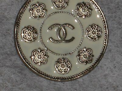 CHANEL  METAL CC LOGO FRONT CAMELLIA FLOWER OFF WHITE BUTTON 22 MM / around 1''