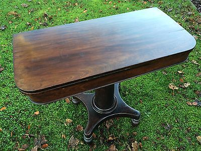 Antique Pedestal Folding-Leaf Tea Table