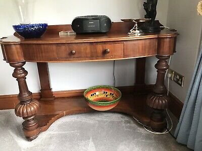 Victorian Mahogany Sidetable With Ornate Legs And Single Drawer