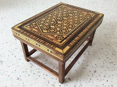 Dolls house miniature 1:12 ARTISAN spectacular inlaid marquetry table